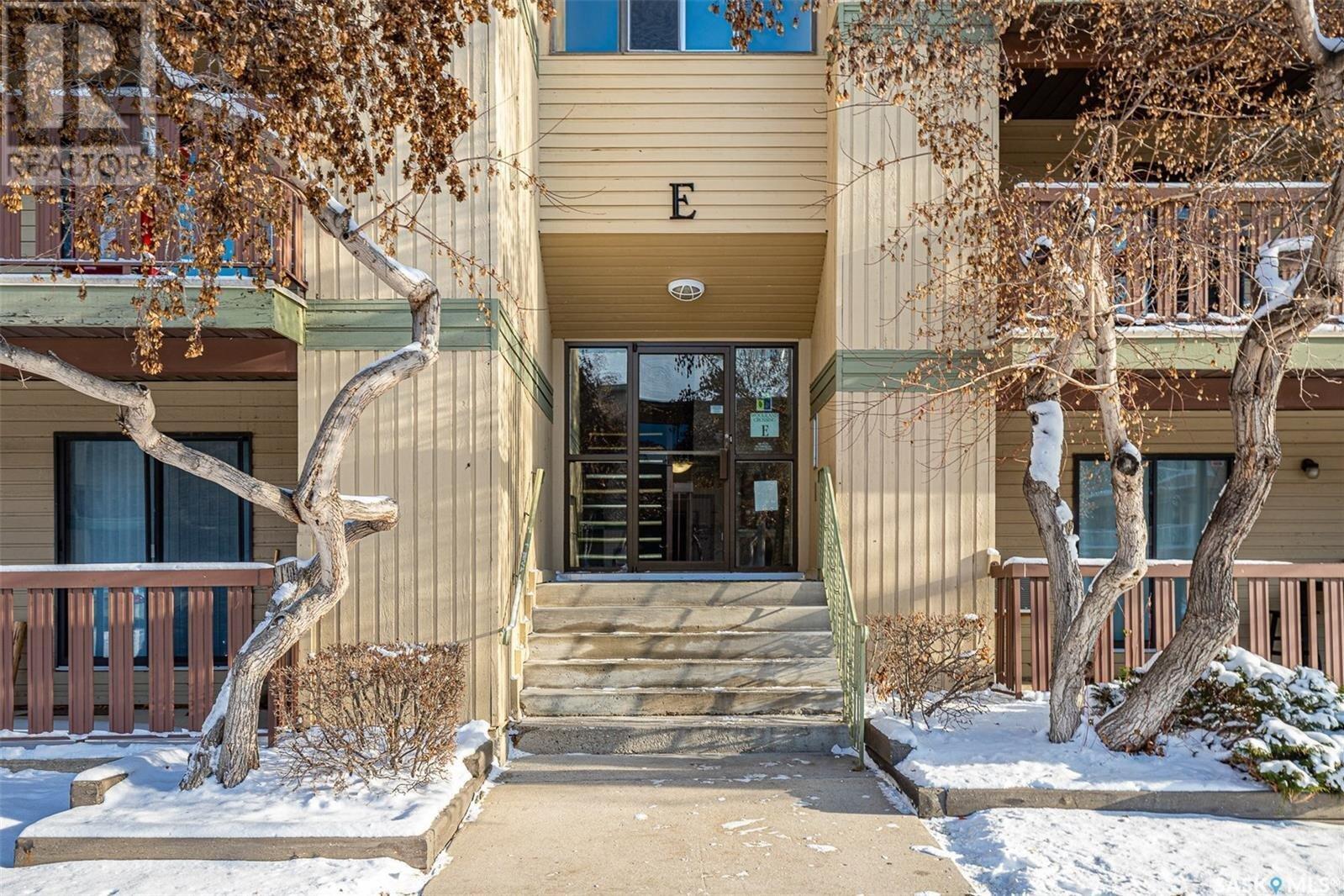 Condo for sale at 1121 Mckercher Dr Unit 306E Saskatoon Saskatchewan - MLS: SK830890