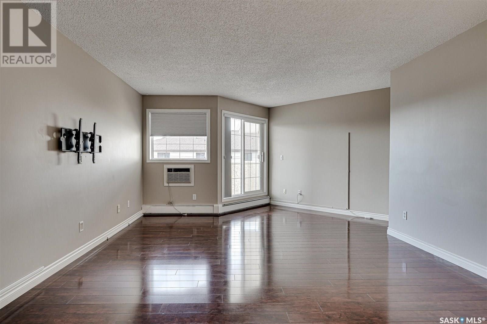 Condo for sale at 1012 Lansdowne Ave Unit 307 Saskatoon Saskatchewan - MLS: SK832022