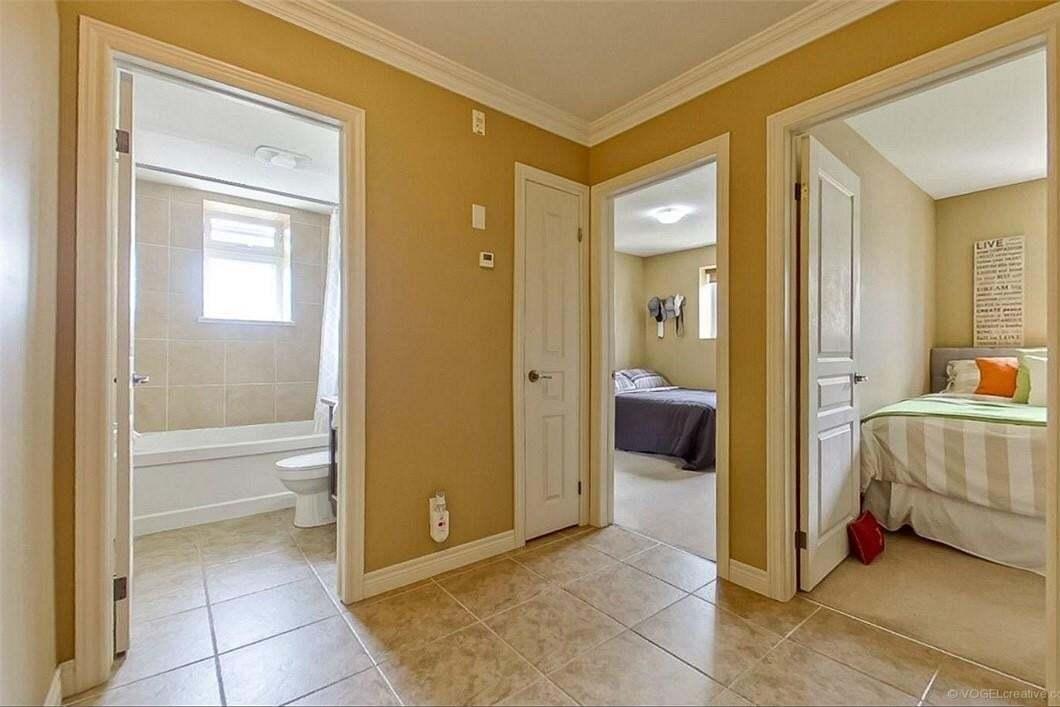 Condo for sale at 1212 Fennell Ave E Unit 307 Hamilton Ontario - MLS: H4079282