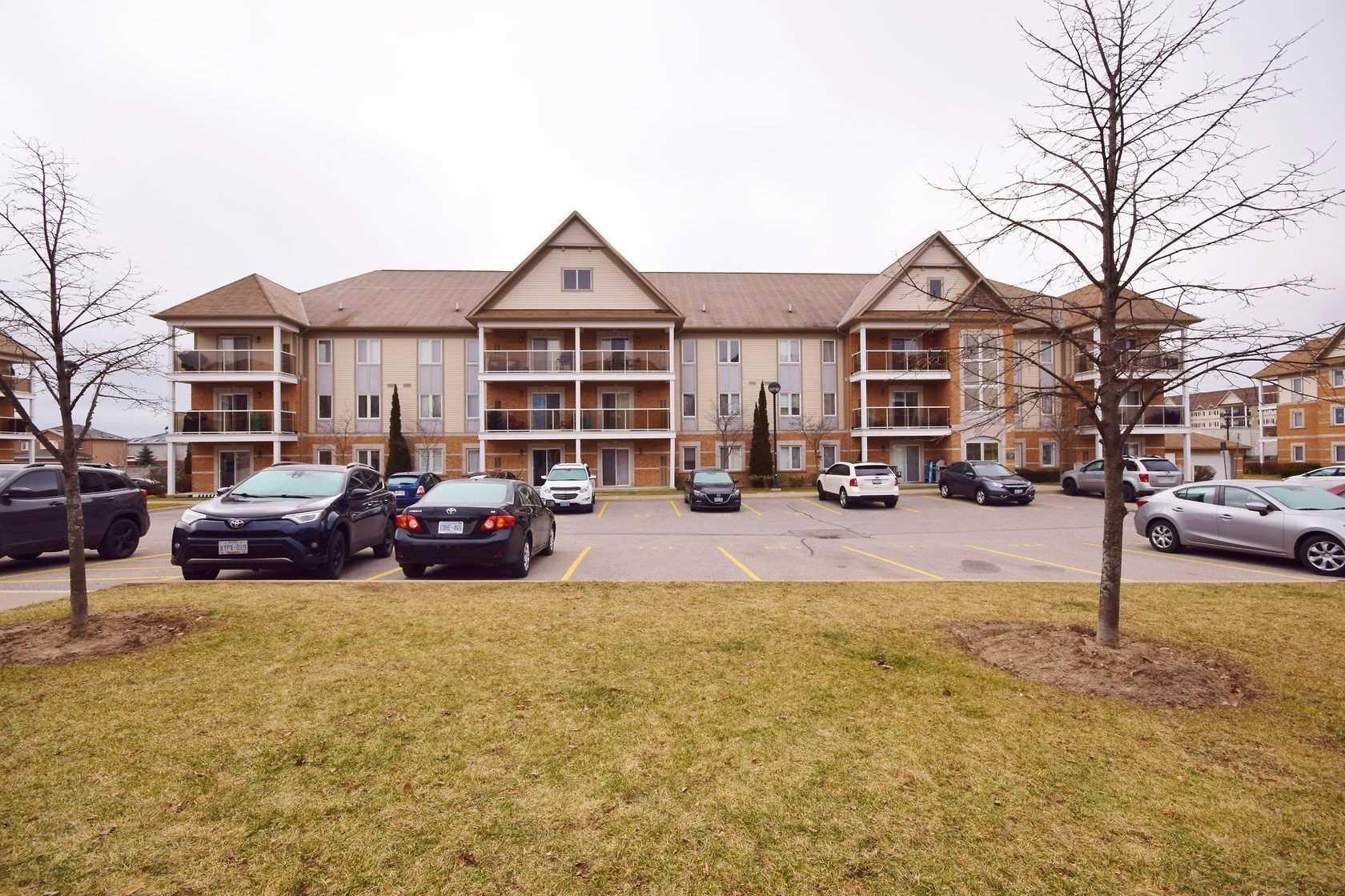 House for sale at 307-136 Aspen Springs Drive Clarington Ontario - MLS: E4329053