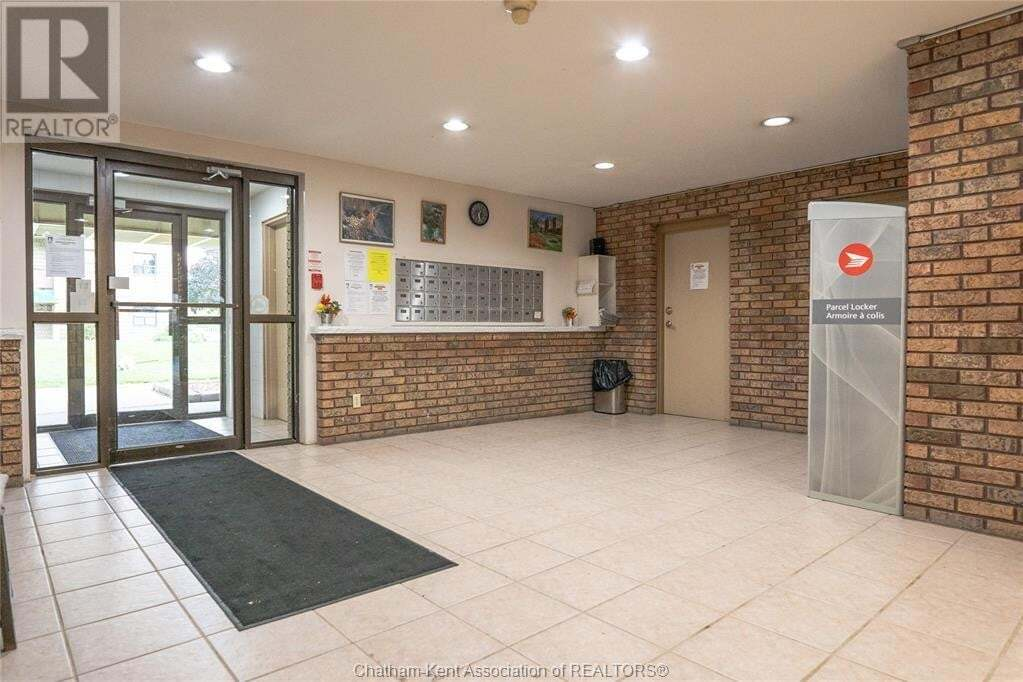 Condo for sale at 150 Park Ave Unit 307 Chatham Ontario - MLS: 20013587
