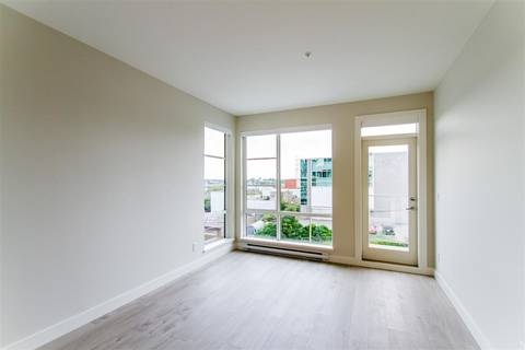 Condo for sale at 1728 Gilmore Ave Unit 307 Burnaby British Columbia - MLS: R2392547