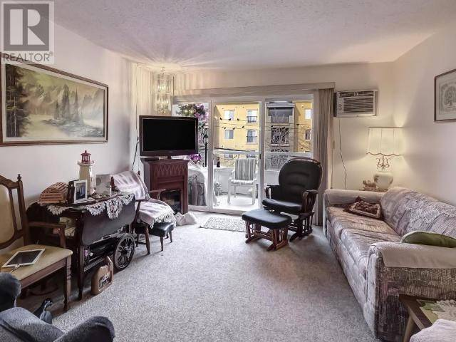 Condo for sale at 284 Yorkton Ave Unit 307 Penticton British Columbia - MLS: 182482