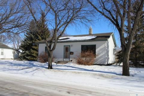 House for sale at 307 2nd St W Delisle Saskatchewan - MLS: SK801285