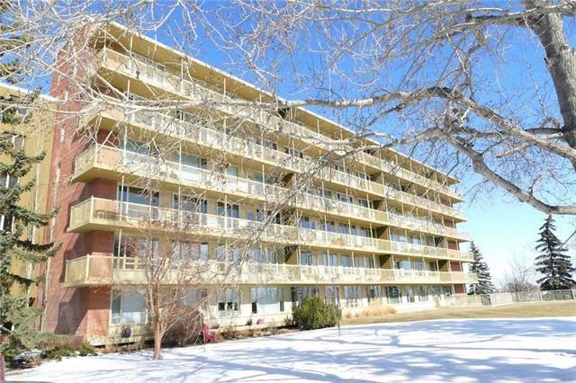 Buliding: 3232 Rideau Place Southwest, Calgary, AB