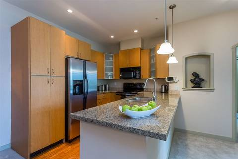 Condo for sale at 33485 South Fraser Wy Unit 307 Abbotsford British Columbia - MLS: R2385745