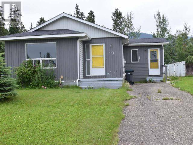 House for sale at 307 Cottonwood Ave Tumbler Ridge British Columbia - MLS: 180503