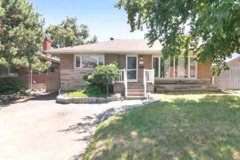 Townhouse for sale at 307 Malaga Rd Oshawa Ontario - MLS: E4778535