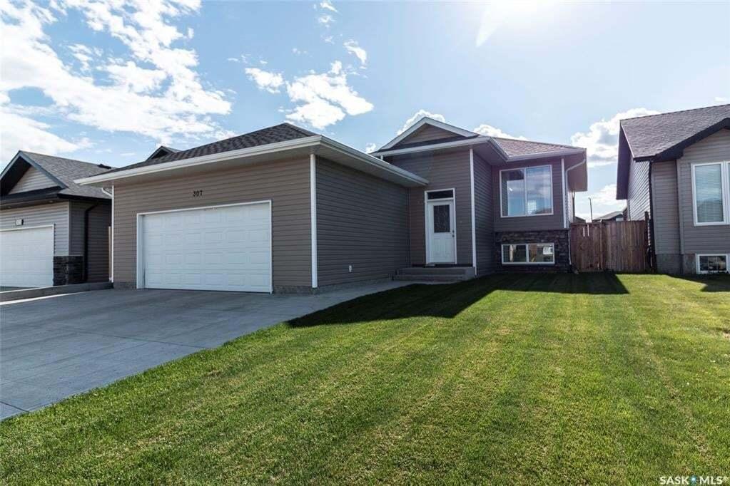 House for sale at 307 Mccallum Ln Saskatoon Saskatchewan - MLS: SK812774