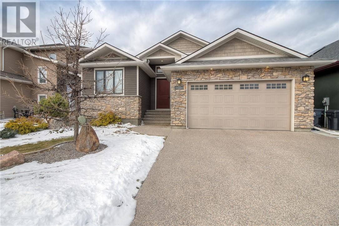 House for sale at 307 Mt Sundial Ct W Lethbridge Alberta - MLS: ld0183006