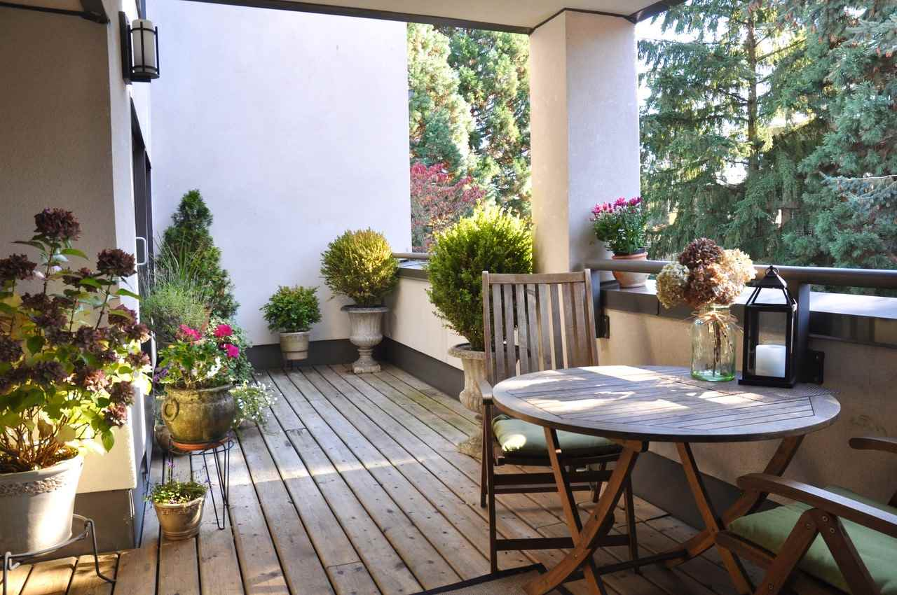 Buliding: 1477 Fountain Way, Vancouver, BC