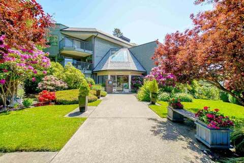Condo for sale at 14950 Thrift Ave Unit 308 White Rock British Columbia - MLS: R2460130
