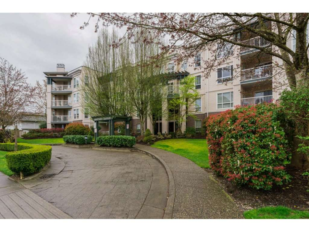 Sold: 308 - 20200 54a Avenue, Langley, BC