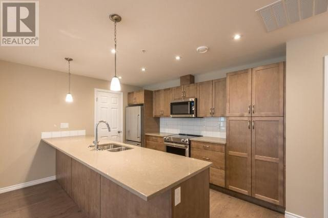 Condo for sale at 3346 Skaha Lake Rd Unit 308 Penticton British Columbia - MLS: 186740
