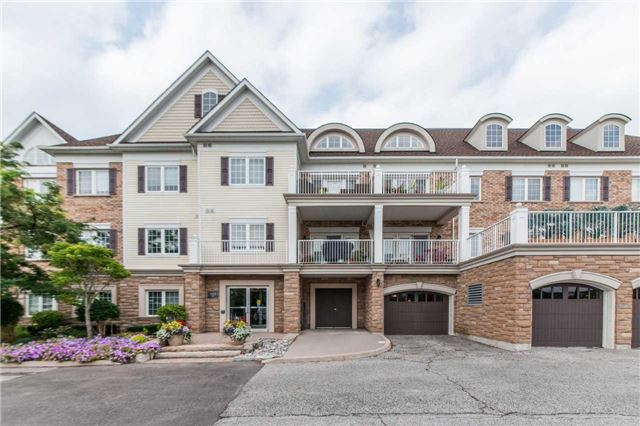 Buliding: 385 Lakebreeze Drive, Clarington, ON