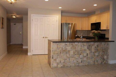 Apartment for rent at 399 Elizabeth St Unit 308 Burlington Ontario - MLS: W5001271