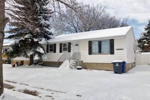 House for sale at 308 5th Ave W Kindersley Saskatchewan - MLS: SK804535