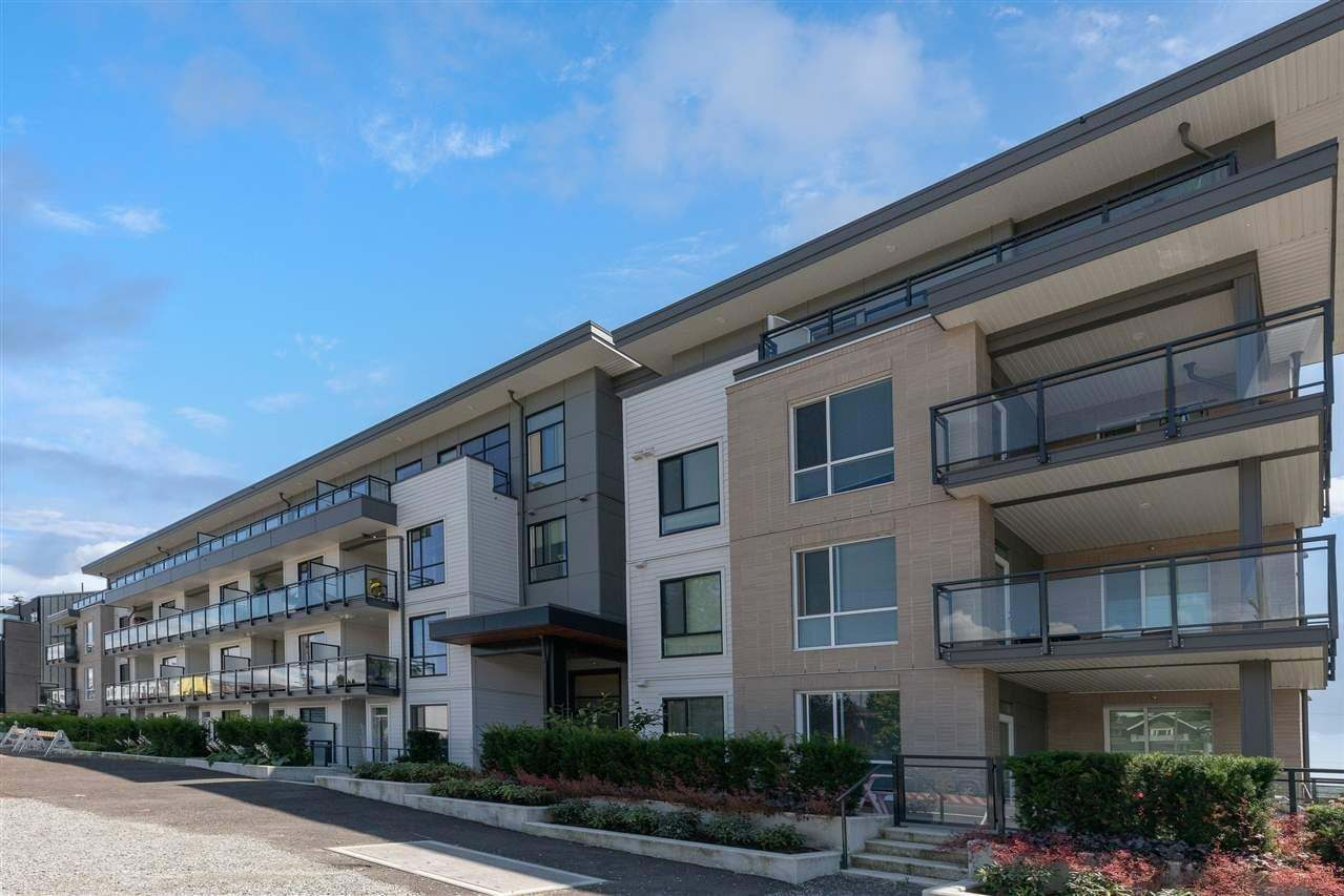 Buliding: 625 East 3rd Street, North Vancouver, BC
