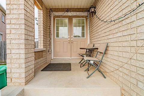 Townhouse for sale at 308 Albright Rd Brampton Ontario - MLS: W4647441