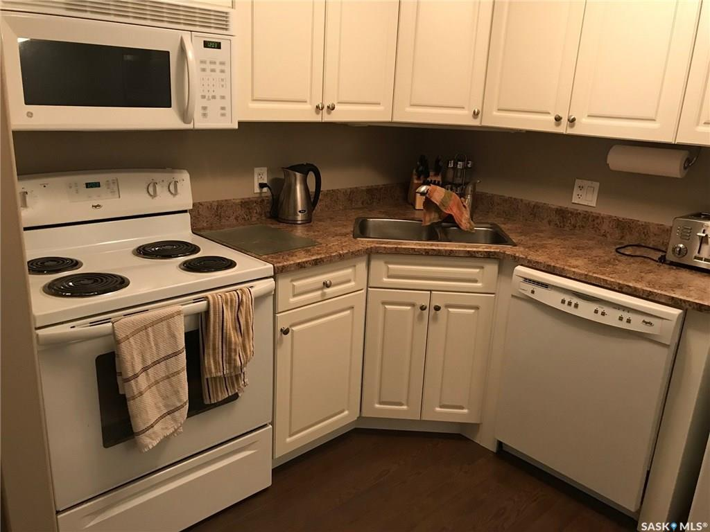 For Sale: 308 Gore Place, Regina, SK   2 Bed, 1 Bath Townhouse for $149,900. See 17 photos!