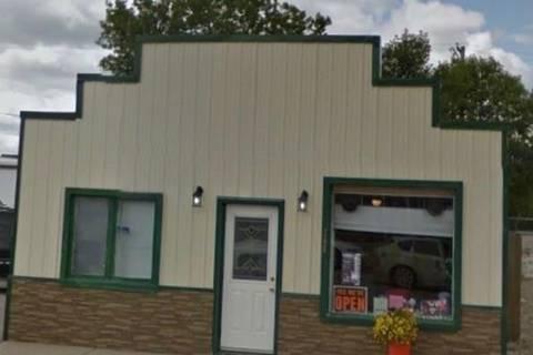 Home for sale at 308 Main St Oxbow Saskatchewan - MLS: SK808305