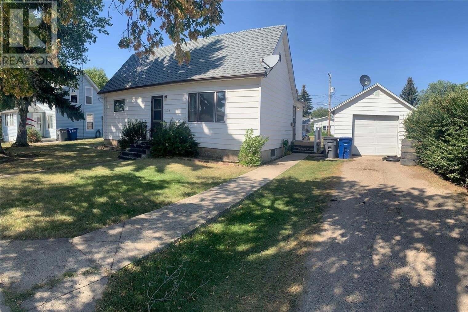 House for sale at 308 Pearson St Strasbourg Saskatchewan - MLS: SK824123