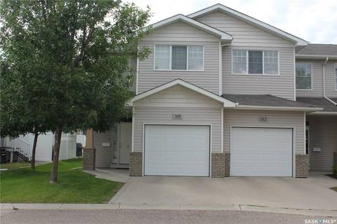 Townhouse for sale at 308 Pickard Wy N Regina Saskatchewan - MLS: SK785801