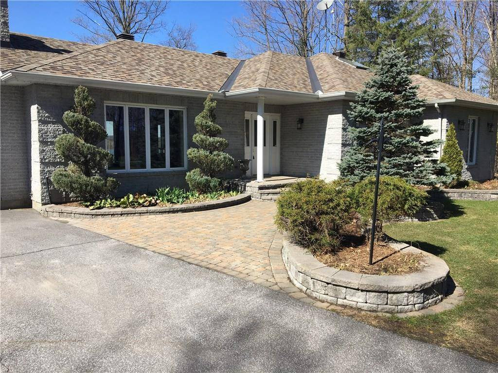 House for sale at 3083 17 Rd Rockland Ontario - MLS: 1144681
