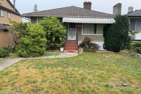 House for sale at 3085 18th Ave E Vancouver British Columbia - MLS: R2499744