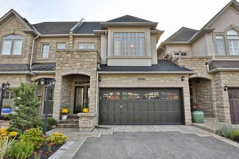 Townhouse for sale at 3088 Cardross Ct Oakville Ontario - MLS: W4614257