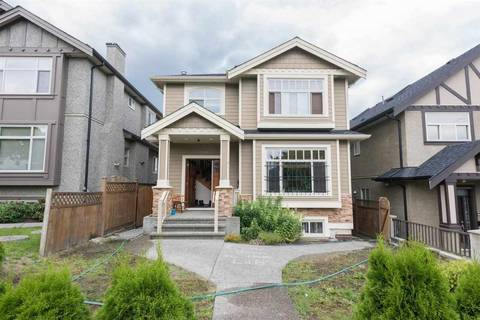 House for sale at 3089 Charles St Vancouver British Columbia - MLS: R2405728
