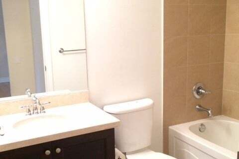 Apartment for rent at 10101 Yonge St Unit 309 Richmond Hill Ontario - MLS: N4954779
