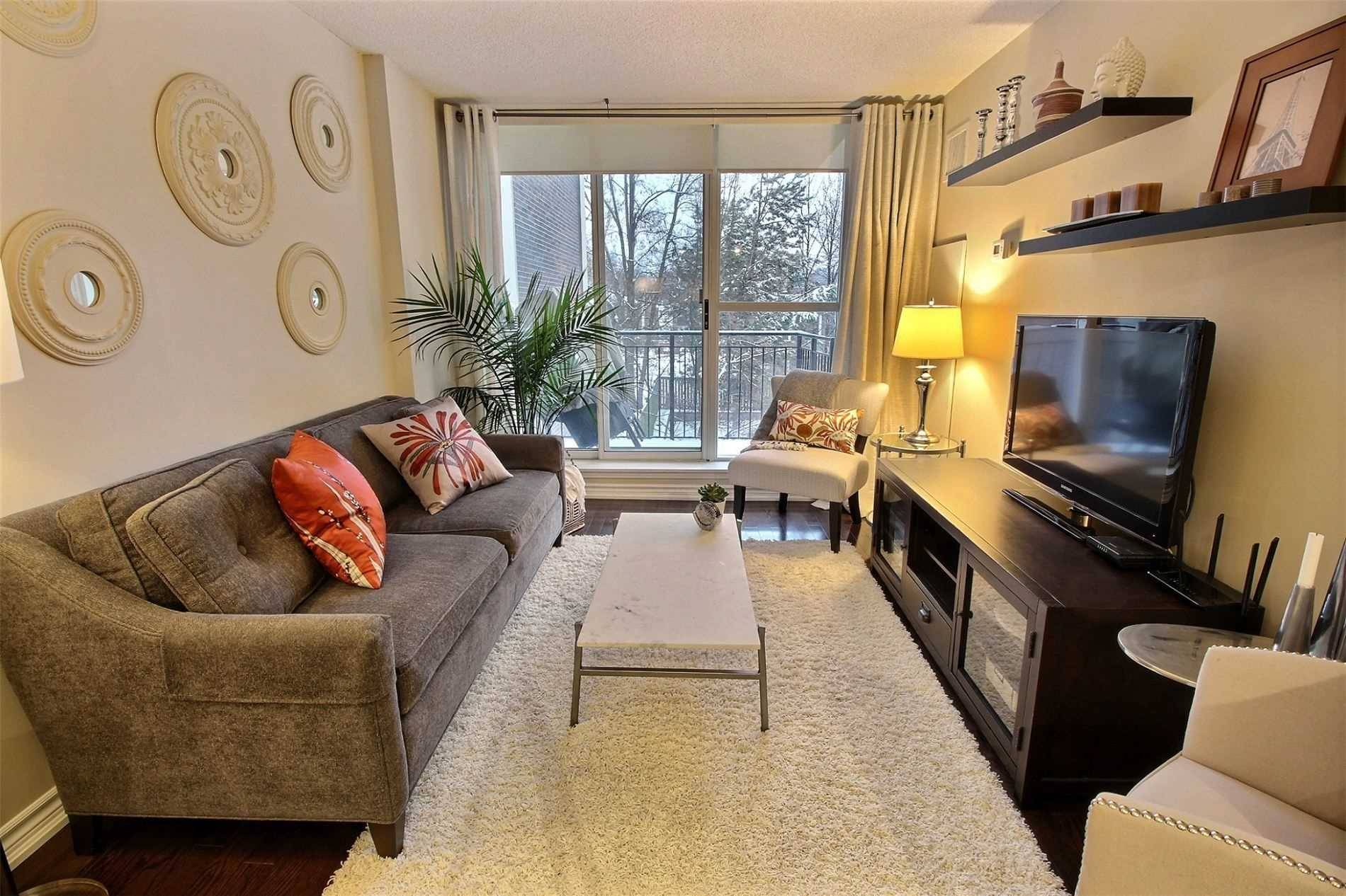 The Hampton Condos Condos: 260 Merton Street, Toronto, ON