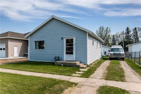 House for sale at 309 52 Ave West Claresholm Alberta - MLS: C4236053