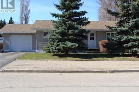 House for sale at 309 8th Ave E Watrous Saskatchewan - MLS: SK770696