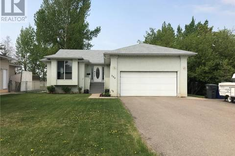 House for sale at 309 Centre Ave Meadow Lake Saskatchewan - MLS: SK758810