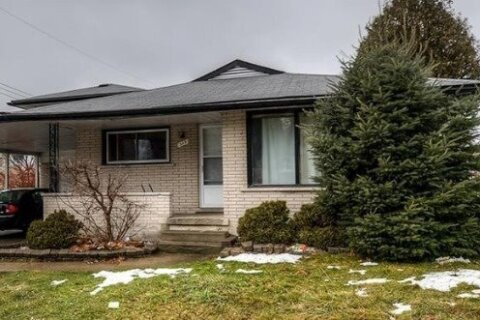 House for sale at 309 Hawthorn St Waterloo Ontario - MLS: X5087269