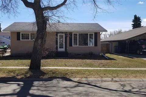 House for sale at 309 Pearson St Strasbourg Saskatchewan - MLS: SK790859