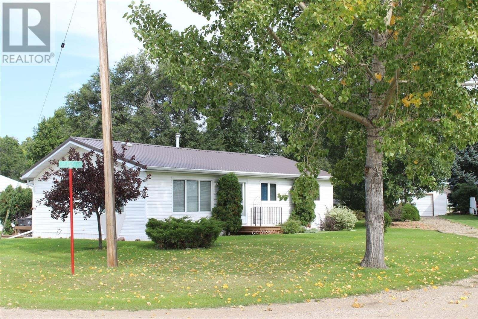 House for sale at 309 Railway Ave N Midale Saskatchewan - MLS: SK827505