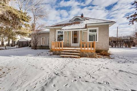 House for sale at 309 Royalite Wy Southeast Turner Valley Alberta - MLS: C4225770