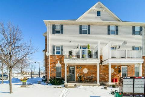 Townhouse for sale at 3095 Stornoway Circ Oakville Ontario - MLS: W4376664