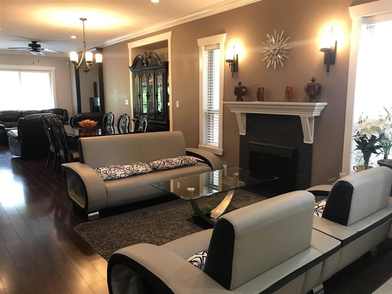 Buliding: 15168 66a Avenue, Surrey, BC