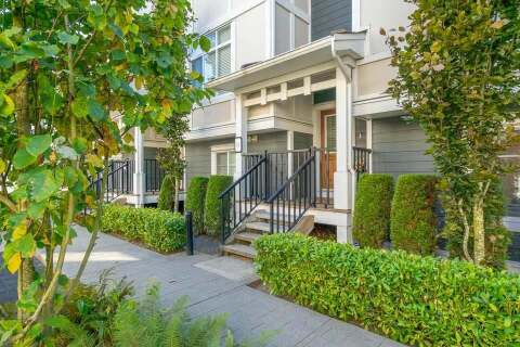 Townhouse for sale at 8433 164 St Unit 31 Surrey British Columbia - MLS: R2497000