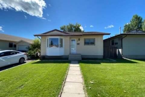 House for sale at 31 Abingdon Rd NE Calgary Alberta - MLS: A1017169