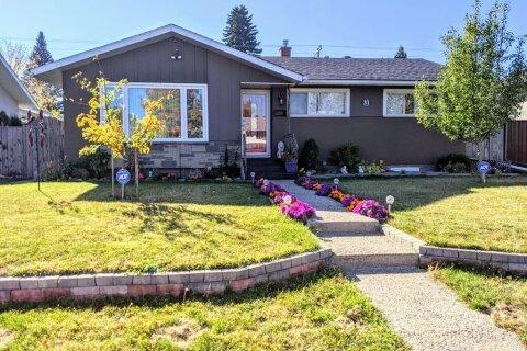 House for sale at 31 Atlanta Cres SE Calgary Alberta - MLS: A1039267