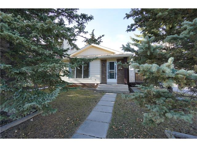 Sold: 31 Berkley Gate Northwest, Calgary, AB