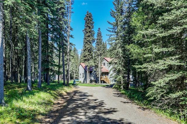 Sold: 31 Breezewood Bay, Bragg Creek, AB