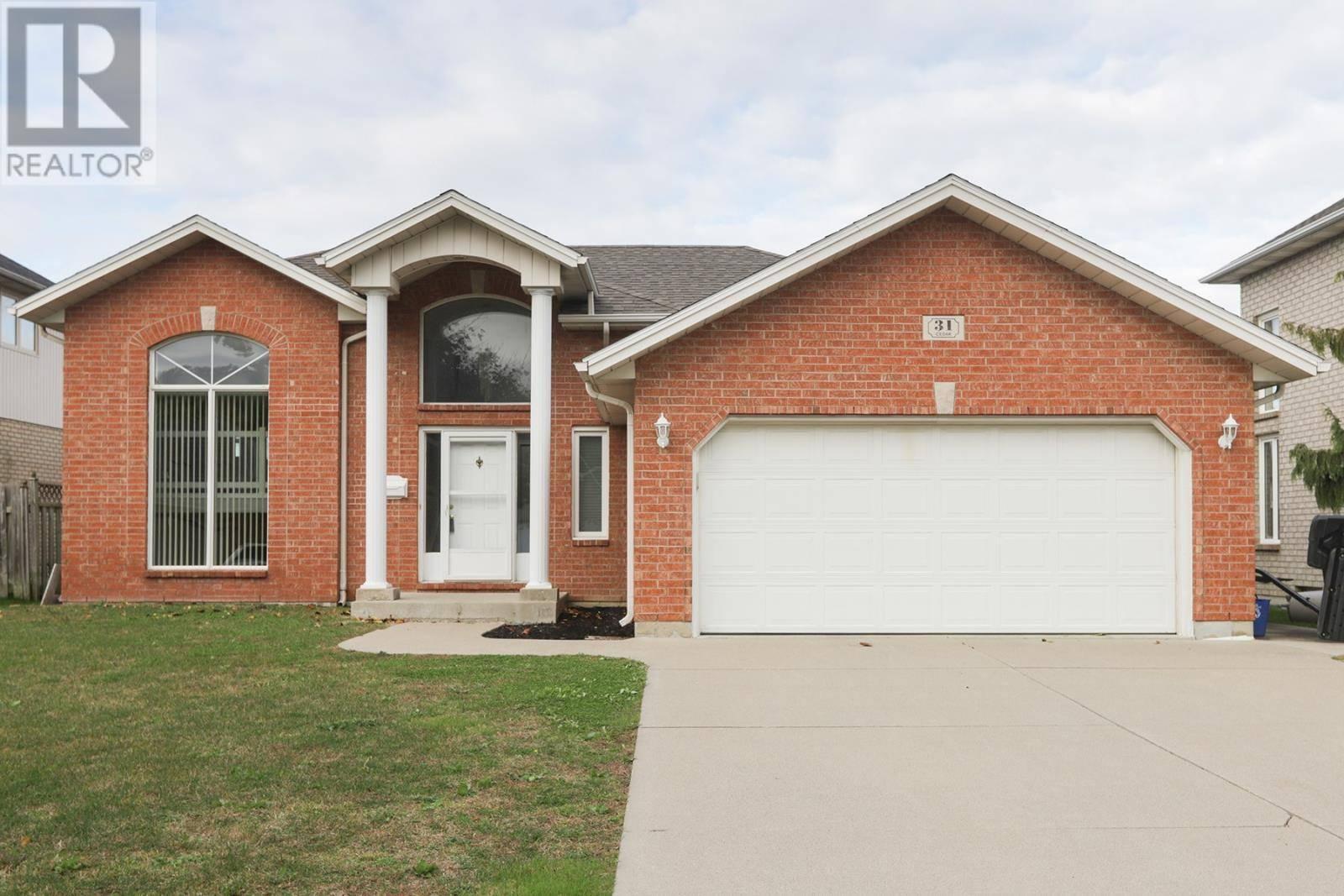 House for sale at 31 Cedar Dr Leamington Ontario - MLS: 19027642