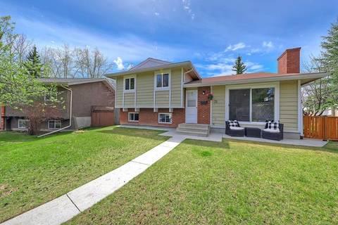 House for sale at 31 Cedar Ridge Pl Southwest Calgary Alberta - MLS: C4245116