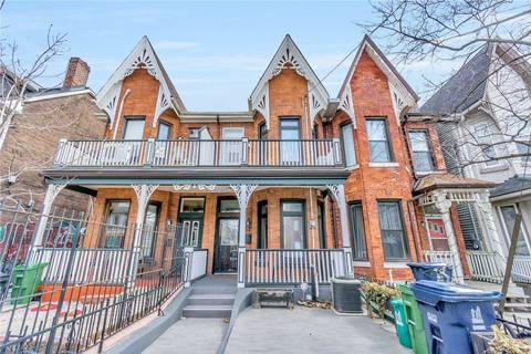 Townhouse for sale at 31 Clinton St Toronto Ontario - MLS: C4489415